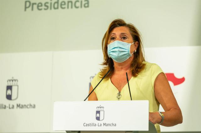 Consejera de Educación, Cultura y Deportes, Rosa Ana Rodríguez, en rueda de prensa. - JCCM
