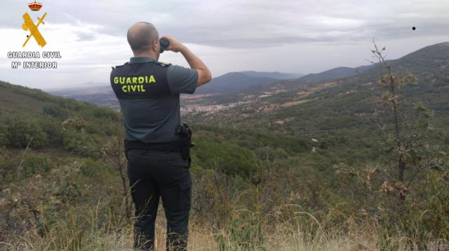 SAN PABLO DE LOS MONTES   La Guardia Civil auxila de noche a dos senderistas
