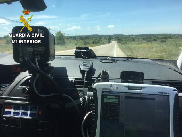 CLM | Circulaba a 185 kilómetros por hora en una carretera de 90