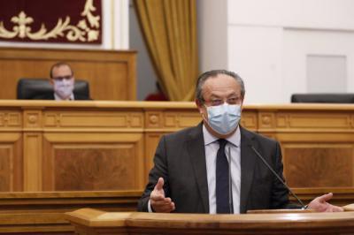 CLM   Ruiz Molina promete que el techo de gasto se aprueba sin subida de impuestos