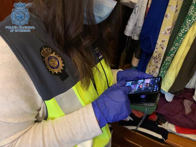 Operación contra la pornografía infantil - Policía Nacional