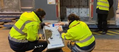 CORONAVIRUS   Llegan a España más de 350.000 vacunas de Pfizer