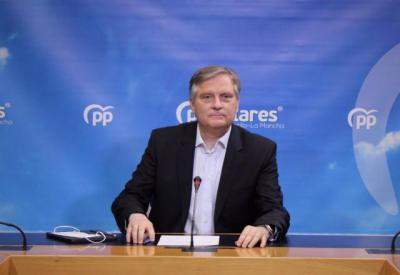 PANDEMIA | El PP CLM carga contra el cierre perimetral... y su portavoz se 'lía'