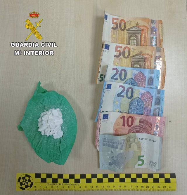 EN 2 PUEBLOS DE TOLEDO | Detenidos por tráfico de cocaína y marihuana