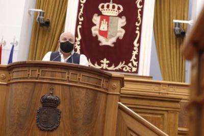 El diputado de Cs Alejandro Ruiz en el pleno de las Cortes