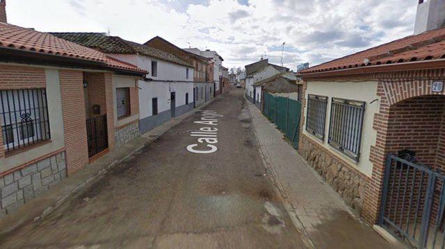 LA PUEBLANUEVA | Herido un hombre tras ser apuñalado con unas tijeras