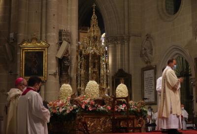 Toledo vuelve a engalanarse para celebrar un Corpus atípico