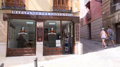 Carmelitas Samaritinas abren tienda en la Plaza del Ayuntamiento de Toledo - EUROPA PRESS / JUAN IGNACIO GÓMEZ