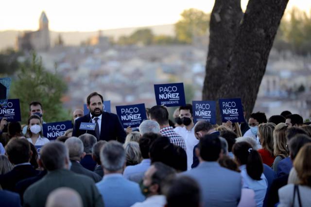 Núñez presenta su candidatura para renovar su liderazgo en PP CLM