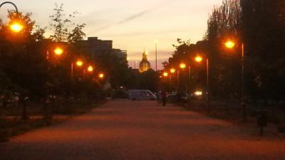 Vuelve la iluminación al paseo paralelo a la Avenida de Madrid