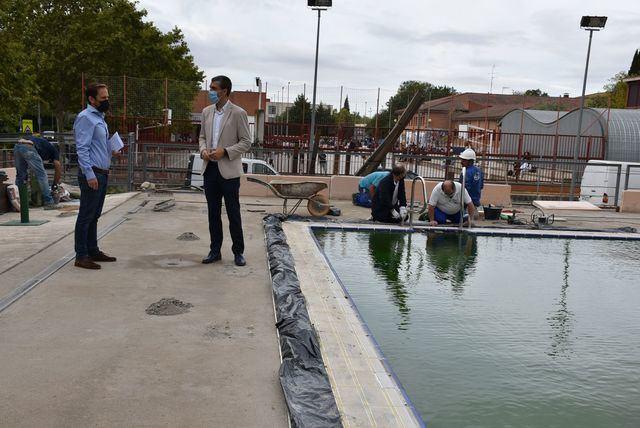 Obra integral en el pavimento de la piscina climatizada del JAJE