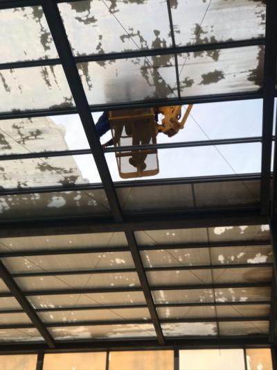 Comienzan las obras en la piscina del JAJE tras el temporal de diciembre