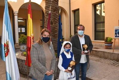 TALAVERA | Fernando Ramos y Marina González han ofrecido el tradicional pregón de Mondas en formato virtual