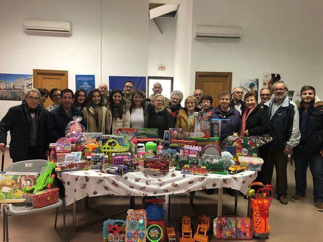 Recogida de juguetes para Cáritas en la localidad toledana de Malpica de Tajo