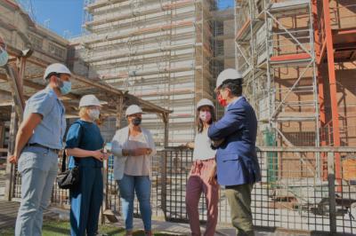 Tita García visita la residencia 'Virgen del Prado' para comprobar el ritmo de las obras