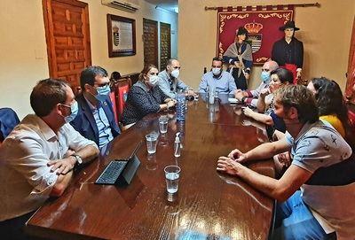 TALAVERA LA NUEVA | Reunión de trabajo y coordinación entre Tita García y Úbeda