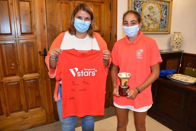 TALAVERA | Tita recibe a la campeona Sofía Fernández