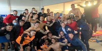 Así festejaron los talaveranos su victoria de diciembre en Villarrubia por 1-3