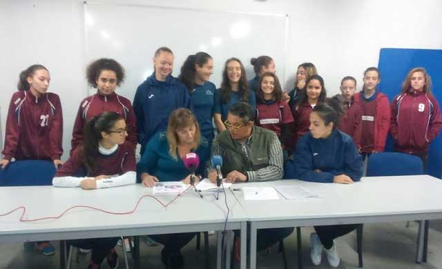 15 niñas del Ciudad de Talavera se quedan sin jugar al fútbol por las