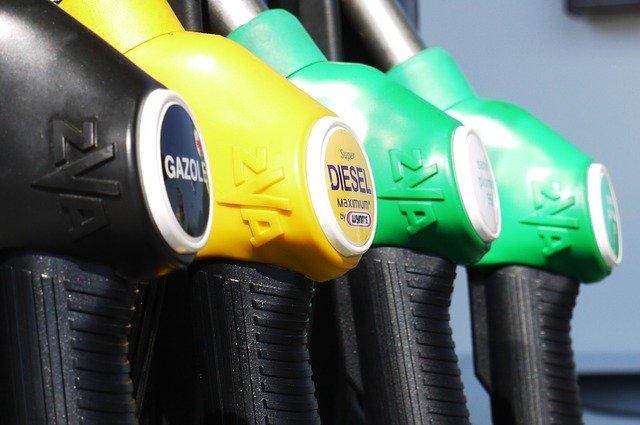 Las gasolineras de CLM deberán estar adaptadas para personas con discapacidad