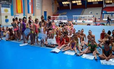 El concejal de Deportes entrega los premios del Trofeo 'Ciudad de Talavera'