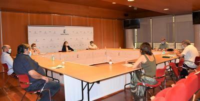 Durante un encuentro con las asociaciones del Pueblo Gitano