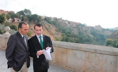 José Julián Gregorio visita el río Tajo para comprobar su estado