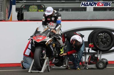 Handy-ESBK: la primera carrera de velocidad para pilotos con discapacidad física