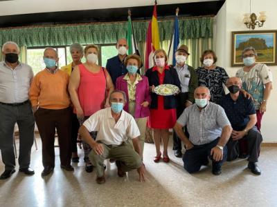 La Junta visita el Hogar Extremeño Talaverano