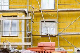 Las ayudas a la rehabilitación de edificios comunitarios beneficiarán a unas 8.500 familias