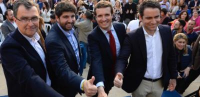 Pablo Casado se compromete en Murcia a defender el trasvase