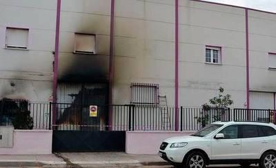 Un incendio destruye parte de una nave de salazones de Alcázar de San Juan