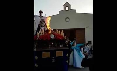 Susto en Bolaños de Calatrava: incendio en un paso de Semana Santa