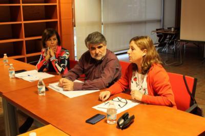 La Junta evalúa nuevos métodos de inclusión sociolaboral coordinando empleo y servicio sociales