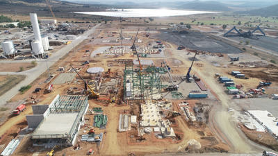 Page inaugura la nueva planta de generación de energía renovable con biomasa de Puertollano