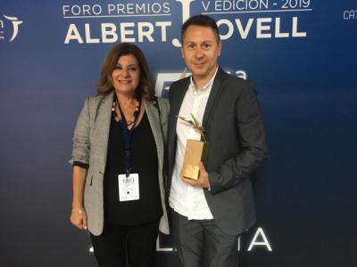 Premio Albert Jovell al mejor trabajo periodístico para el programa 'Héroes Anónimos' de Julián Cano y CMMedia