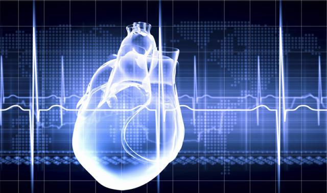 Ante un infarto, los síntomas y el tratamiento son diferentes en hombres y mujeres