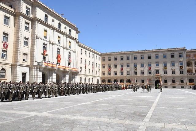 Un total de 800 personas participan en la jura de bandera de la Academia de Infantería de Toledo