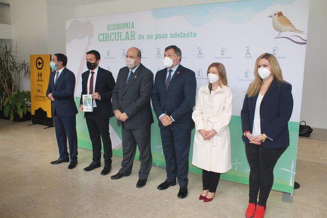 INVERSIÓN | CLM presenta 10 proyectos de economía circular por valor de 364 millones