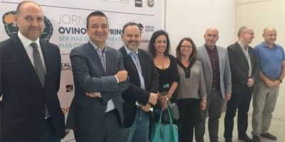 Talavera acoge la jornada 'Agrícola Café Ovino y Caprino' para debatir la situación del sector