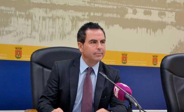 PSOE tratará de impedir que el alcalde saque al Ayuntamiento del CEEI
