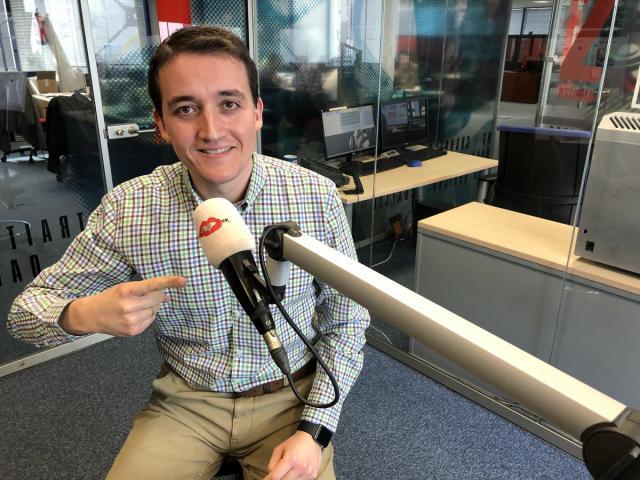 TALAVERA | Julián Garvín da voz a las Mondas en Las Mañanas Kiss