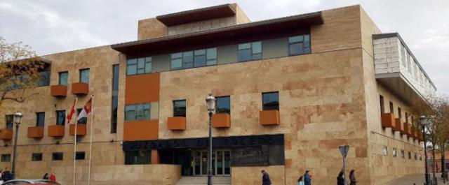 Aplazado el juicio contra un hombre sin hogar que intentó asesinar a otro en Toledo por no comparecer la víctima