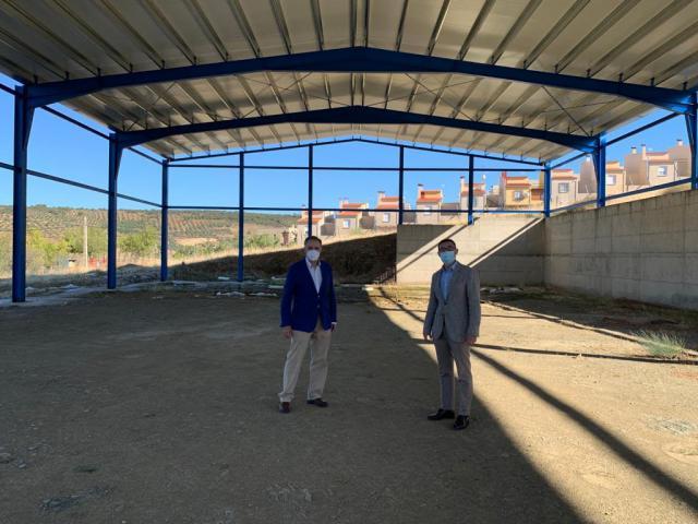 LA NAVA DE RICOMALILLO | La pista polideportiva cubierta