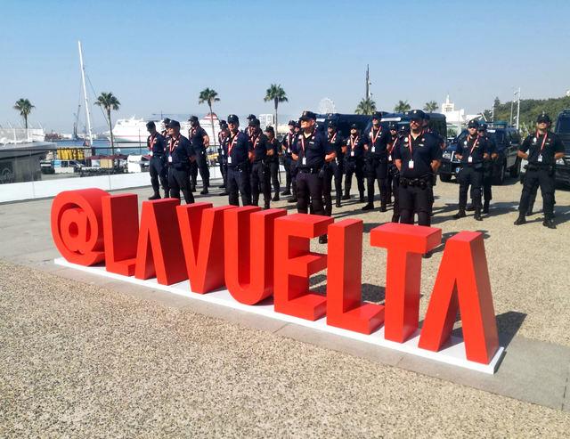 """Unos 80 agentes de la Policía Nacional darán seguridad y protección en cada etapa de """"La Vuelta"""""""