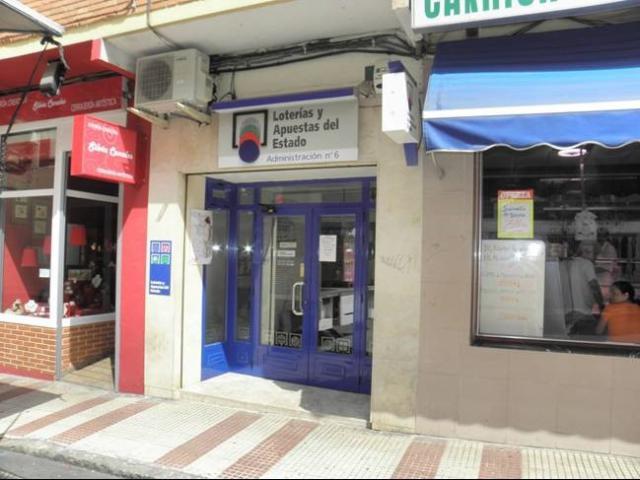 Vendidos en Cogolludo y Alcázar de San Juan el segundo y el tercer premio de la Lotería Naciona