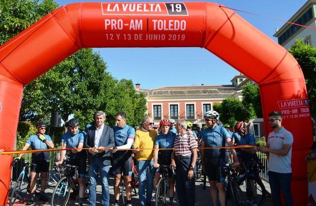 Álvaro Gutiérrez da la salida al PRO-AM Vuelta a España