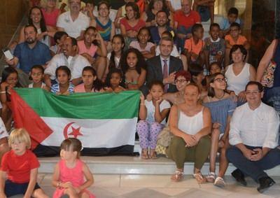Niños y niñas saharauis refugiados pasan unas vacaciones en provincia de Toledo