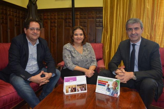 La Diputación colabora con AFANION editando su calendario solidario para 2019