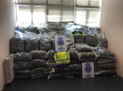 POLICÍA NACIONAL | Golpe internacional al narcotráfico en un pueblo de Toledo